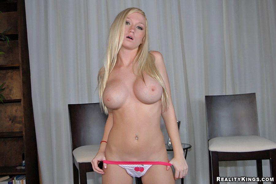 list of models with large clits boobpedia encyclopedia