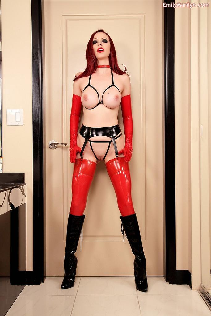 wild hardcore black girl cum in mouth Redhair And Latex .............. Tele