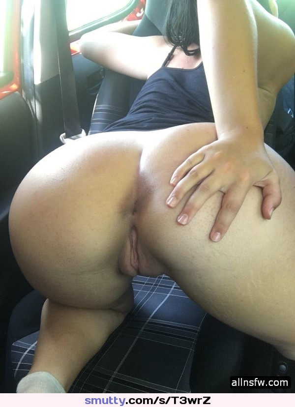oiled tattooed busty chick in a really hardcore rammering