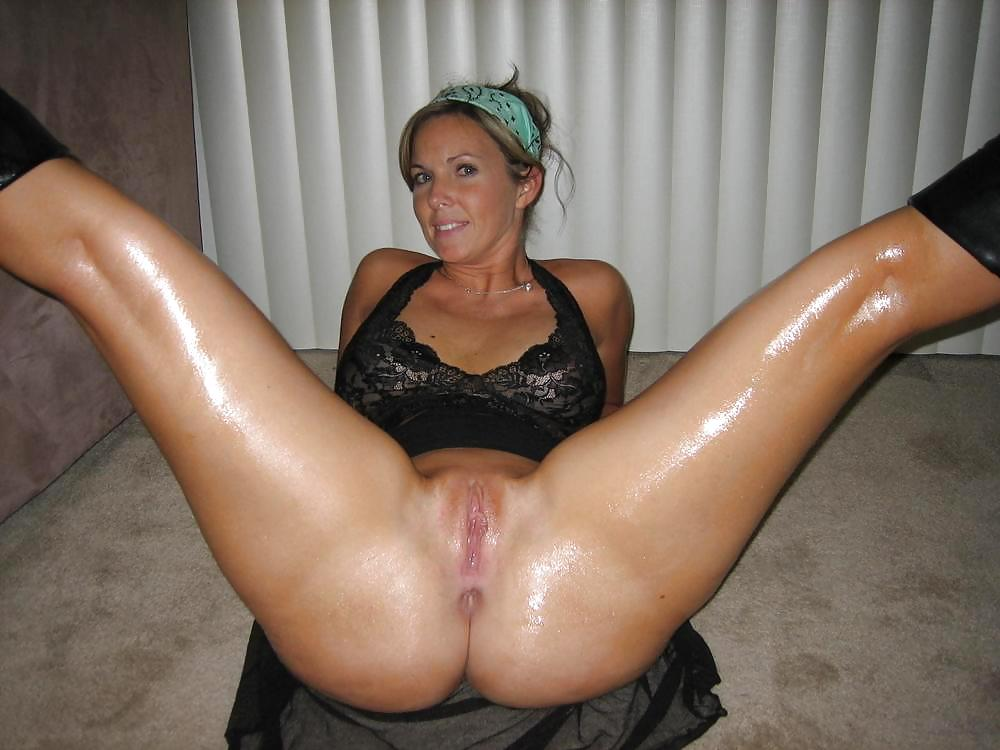 beautiful girl with very nice extras a pretty girl tgirl