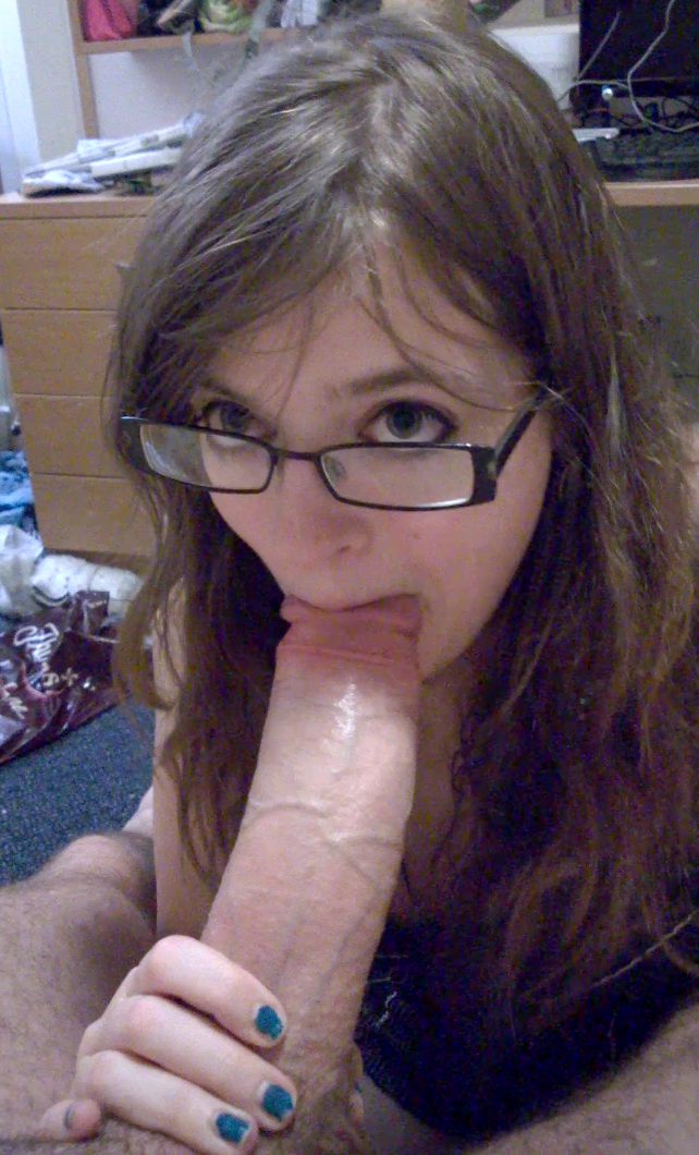free porn son eat mother pussy