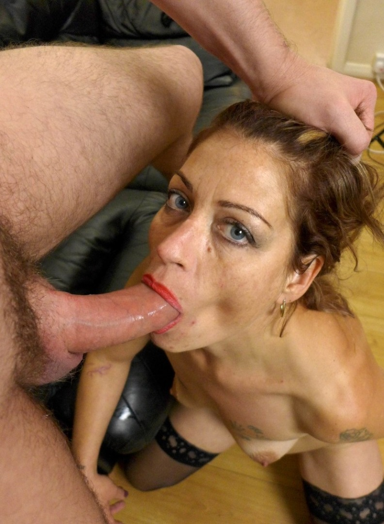 showing porn images for sissy deepthroat gif porn