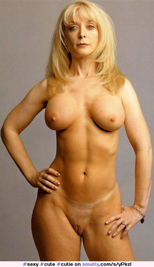 video jessica simpson naked gallery submitted mature porn