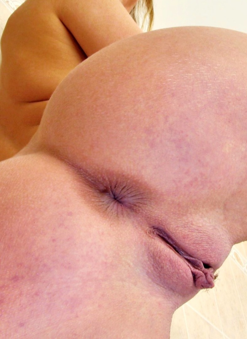 office lady bored at work plays with herself #ass #buttplug #closeup #milf #pov #psfb