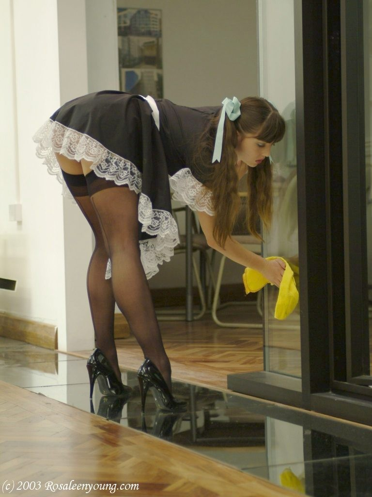 lacey duvalle gif pov big black ass #RosaleenYoung #bangswithpigtails #heels #maid